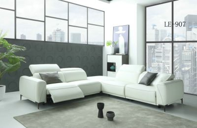 907 Sectional